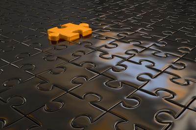 Puzzle-orange-auf-sw-400 in Mehrwert für Finanzdienstleister